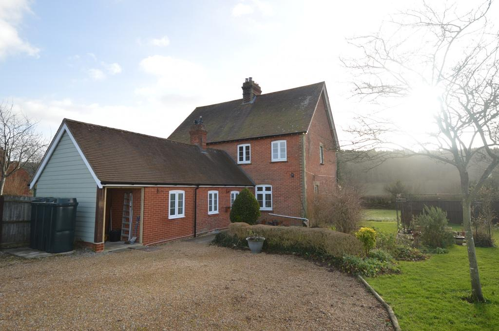 3 Bedrooms Semi Detached House for rent in Old Idsworth, Idsworth, Waterlooville, PO8