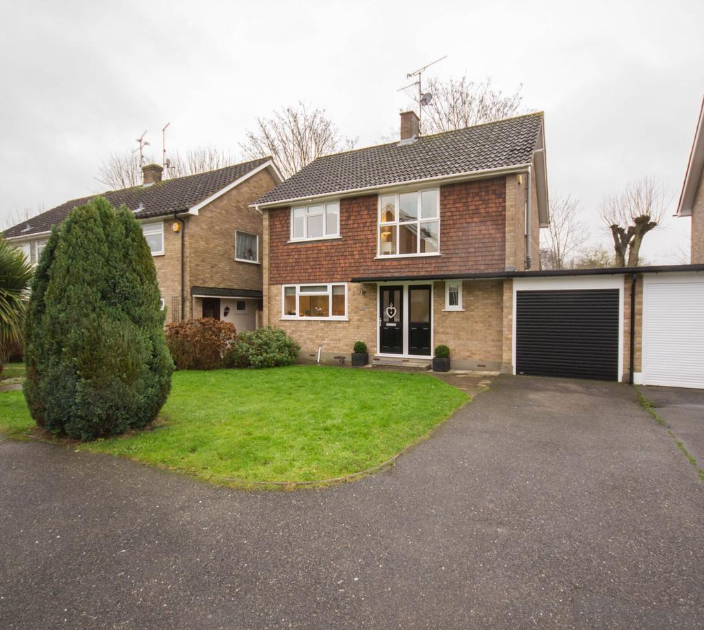 3 Bedrooms Detached House for sale in Paglesfield, Hutton, Brentwood, Essex, CM13