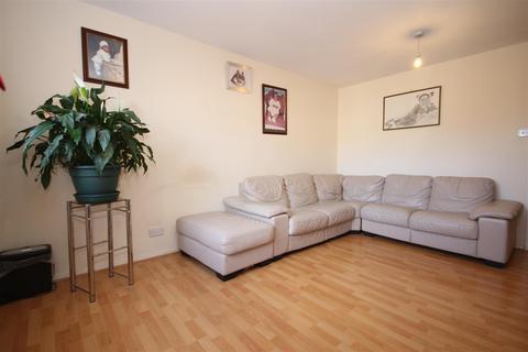 2 bedroom apartment to rent - Garganey Court, Elgar Avenue, Neasden, NW10 8PQ