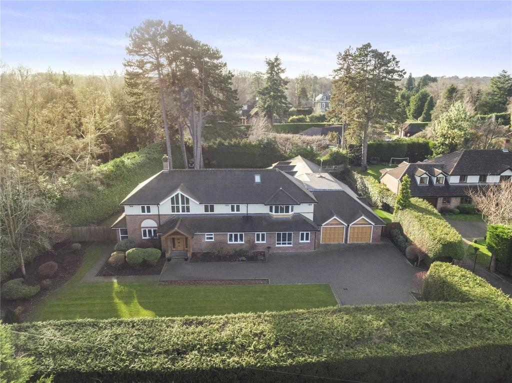 6 Bedrooms Detached House for sale in Waterhouse Lane, Kingswood, Tadworth, Surrey, KT20