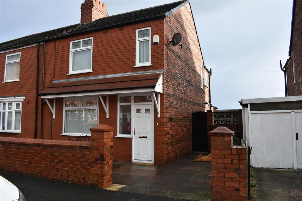3 Bedrooms End Of Terrace House for sale in Rivington Road, St. Helens