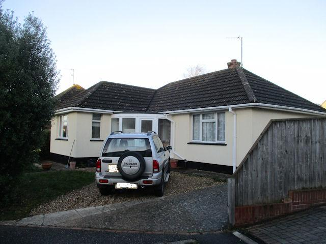 2 Bedrooms Detached Bungalow for rent in Cauleston Close, Exmouth EX8
