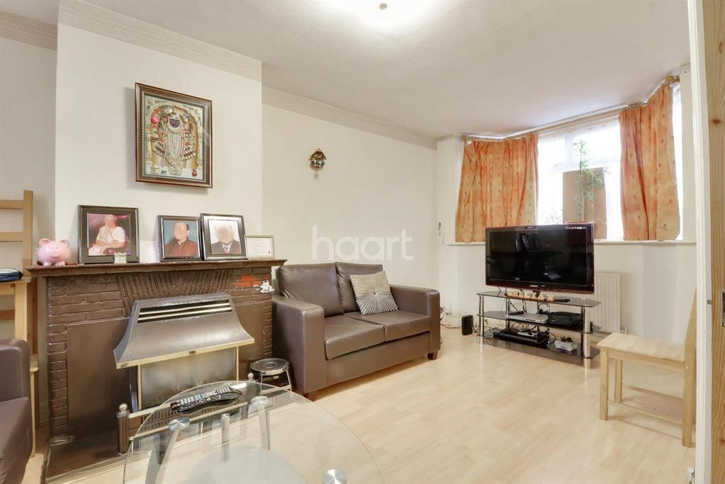 3 Bedrooms Terraced House for sale in Fulwood Avenue, Wembley