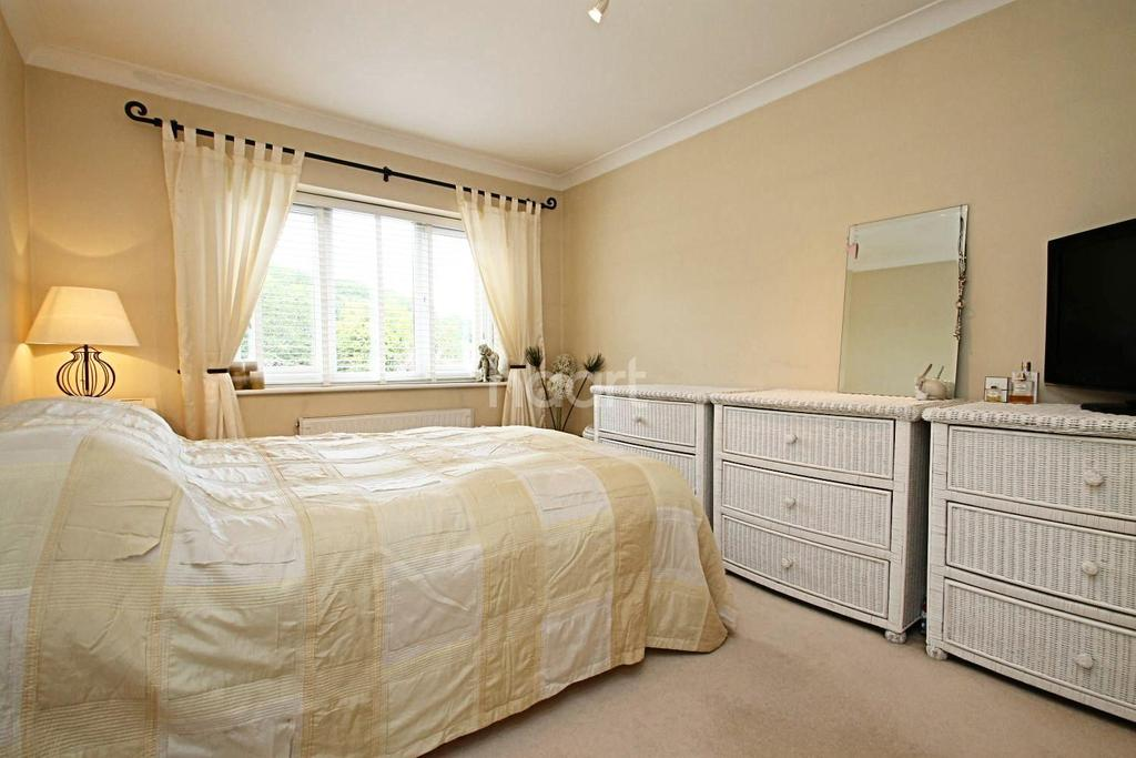 4 Bedrooms Detached House for sale in Melody Road, Biggin Hill