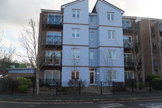 1 Bedroom Flat for sale in Pentland Close, Llanishen, Llanishen, Cardiff CF14