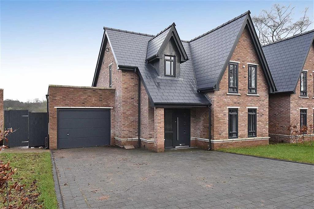 5 Bedrooms Town House for sale in Bollin Hill, Prestbury