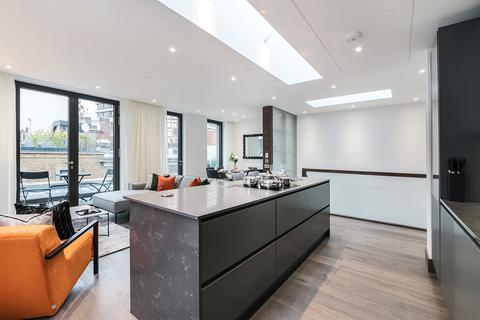 3 bedroom apartment to rent - Hanway Street, Fitzrovia, W1T