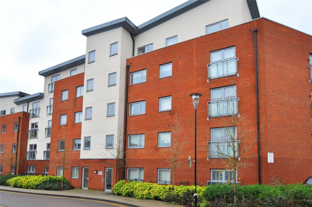 2 Bedrooms Flat for sale in Davy House, Charrington Place, St Albans