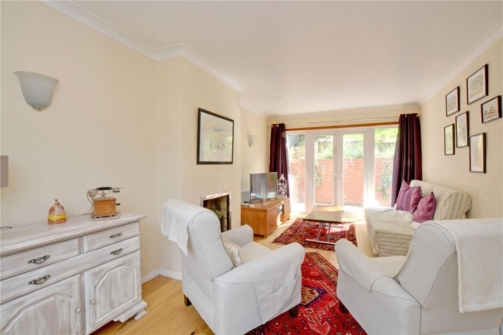 4 Bedrooms Semi Detached House for rent in Humber Road, Blackheath, London, SE3