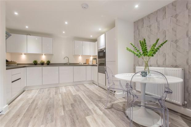 3 Bedrooms Apartment Flat for sale in Newmarket Road, Cambridge, Cambridgeshire