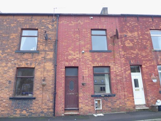 2 Bedrooms Terraced House for sale in Alma Street Todmorden