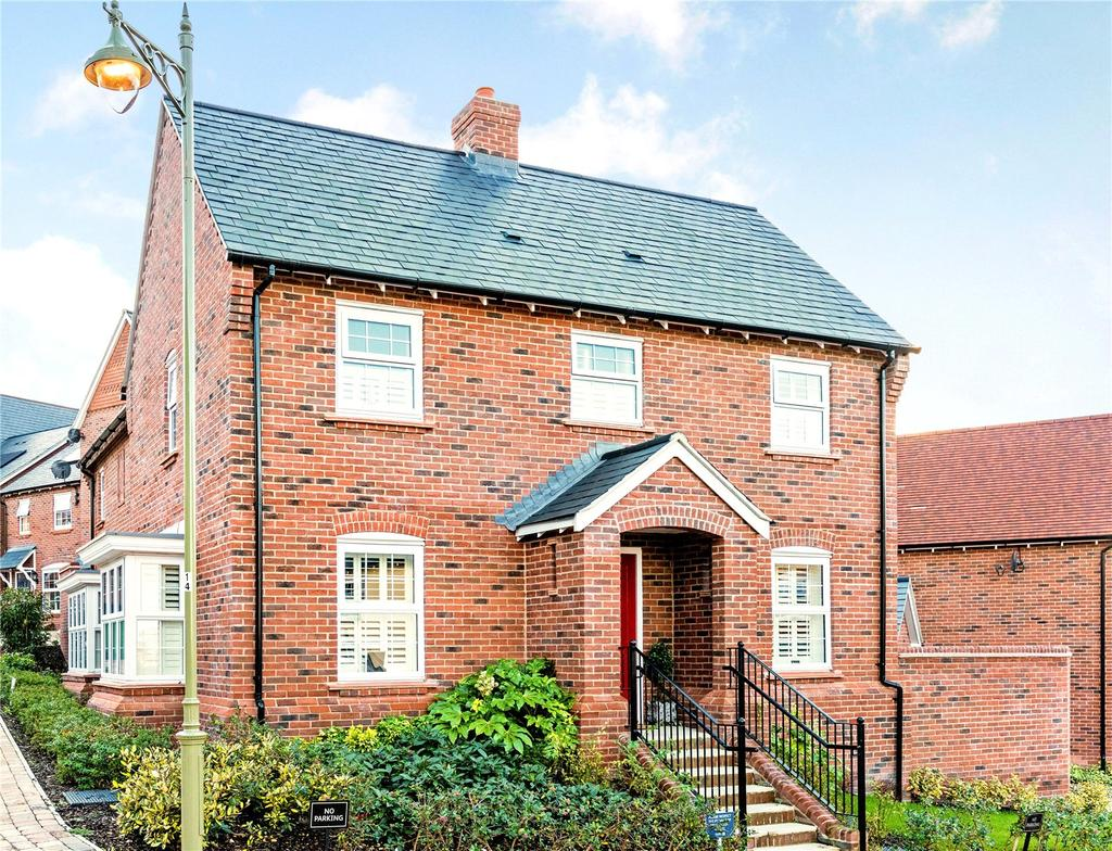 4 Bedrooms Detached House for sale in Moley Gardens, Wantage, Oxfordshire, OX12