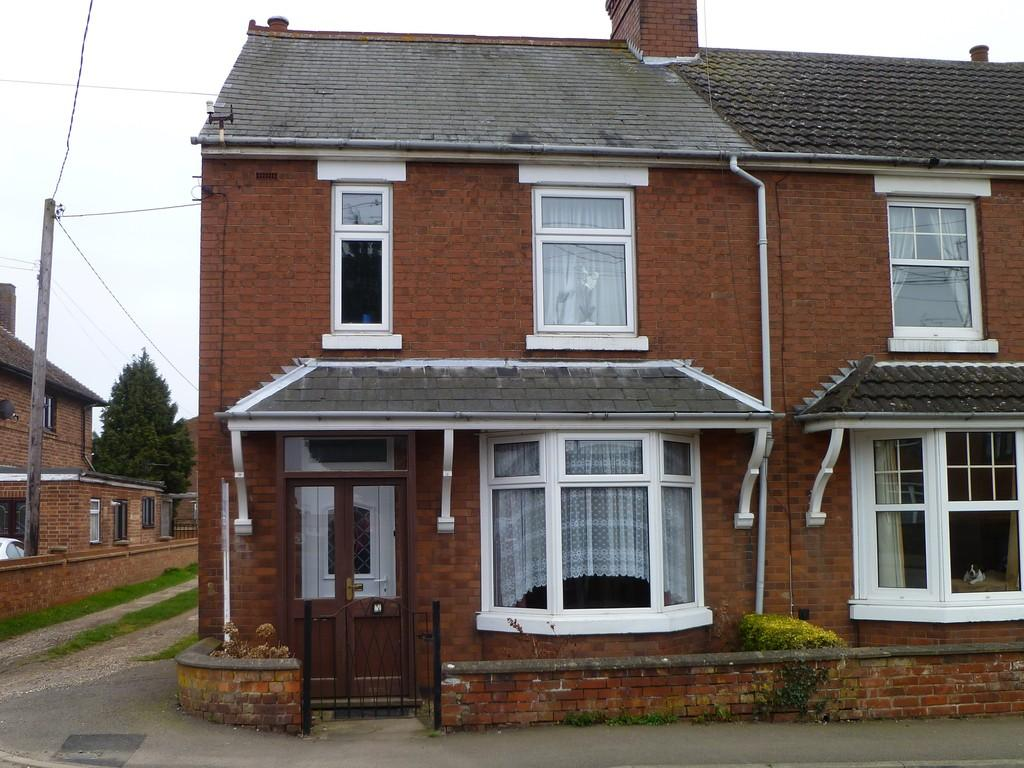 3 Bedrooms Semi Detached House for sale in Highfield Road, Thrapston