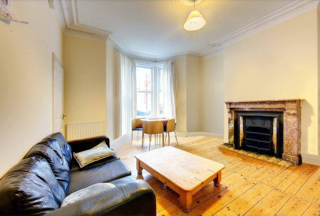 3 Bedrooms Apartment Flat for sale in Fairfield Road, Newcastle upon Tyne, NE2