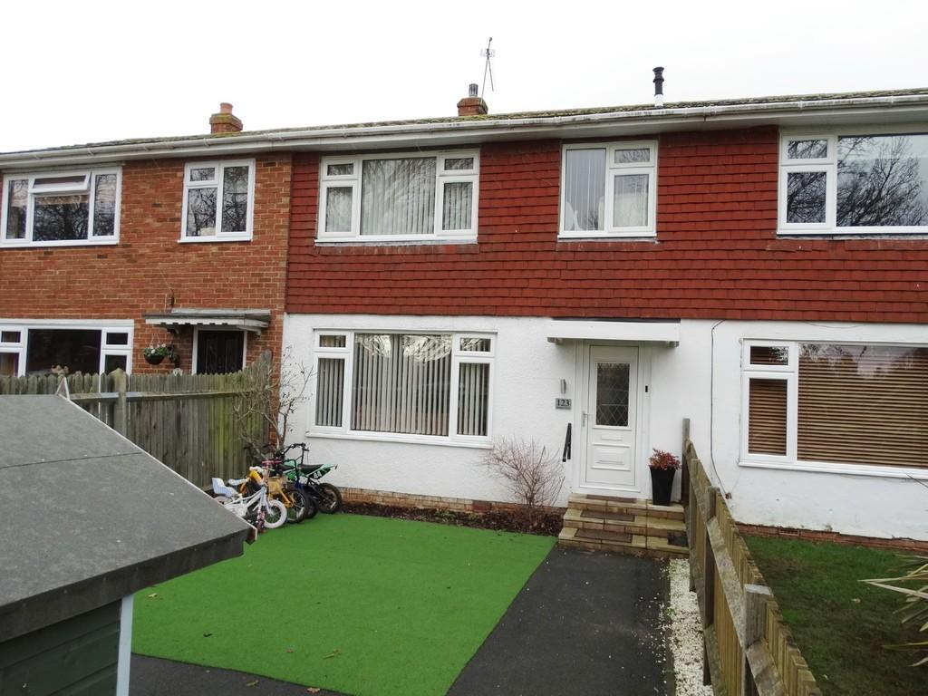 3 Bedrooms Terraced House for sale in Staplehurst, Kent