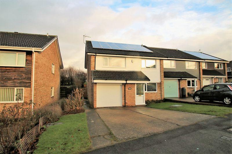 4 Bedrooms Terraced House for sale in The Slayde, Yarm, TS15 9HZ