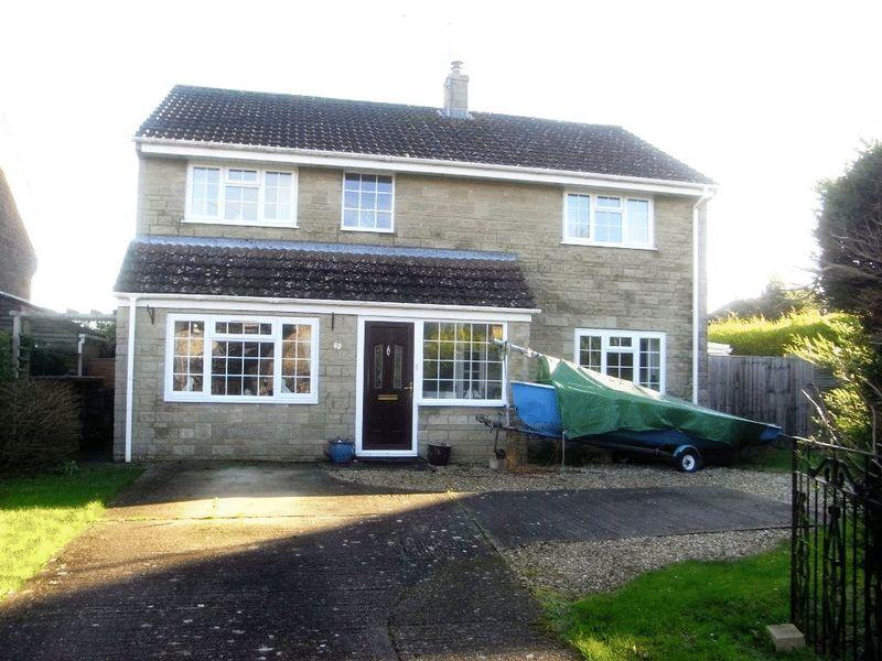 4 Bedrooms Detached House for sale in Packers Way, Crewkerne