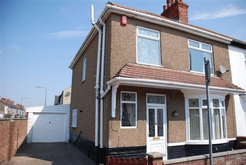 3 Bedrooms Semi Detached House for rent in Columbia Road, Grimsby