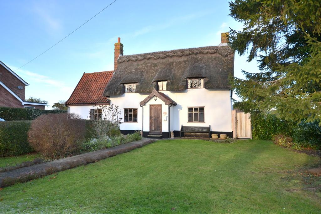 4 Bedrooms Detached House for sale in Bunwell, Norfolk