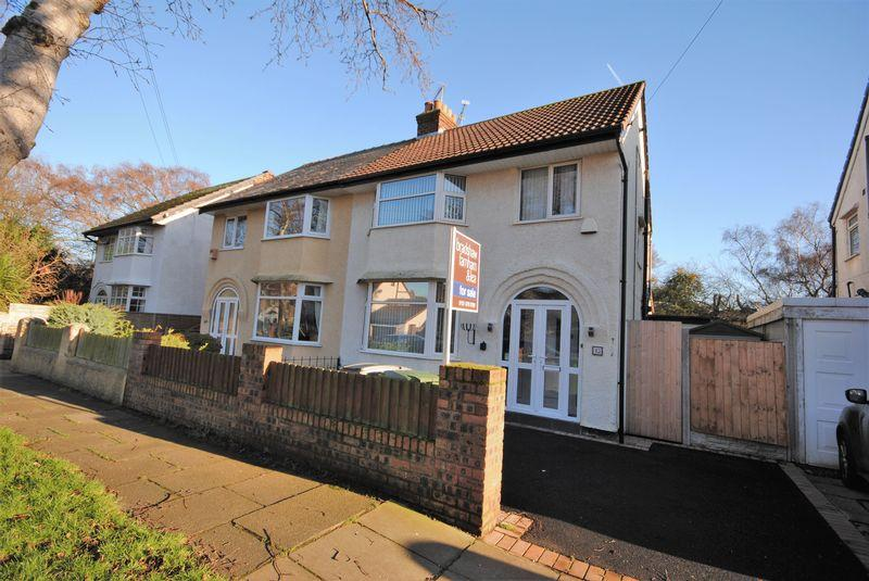 3 Bedrooms Semi Detached House for sale in The Woodlands, Upton
