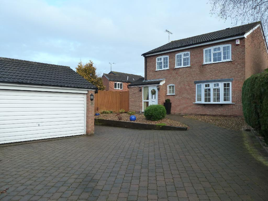 4 Bedrooms Detached House for sale in Milton Close, Melton Mowbray