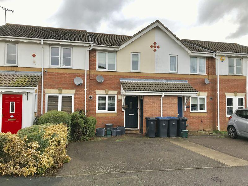 2 Bedrooms Terraced House for rent in Challinor, Church Langley