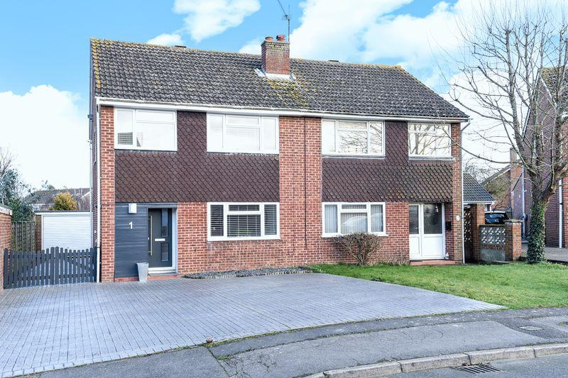 3 Bedrooms Semi Detached House for sale in Thame, Oxfordshire