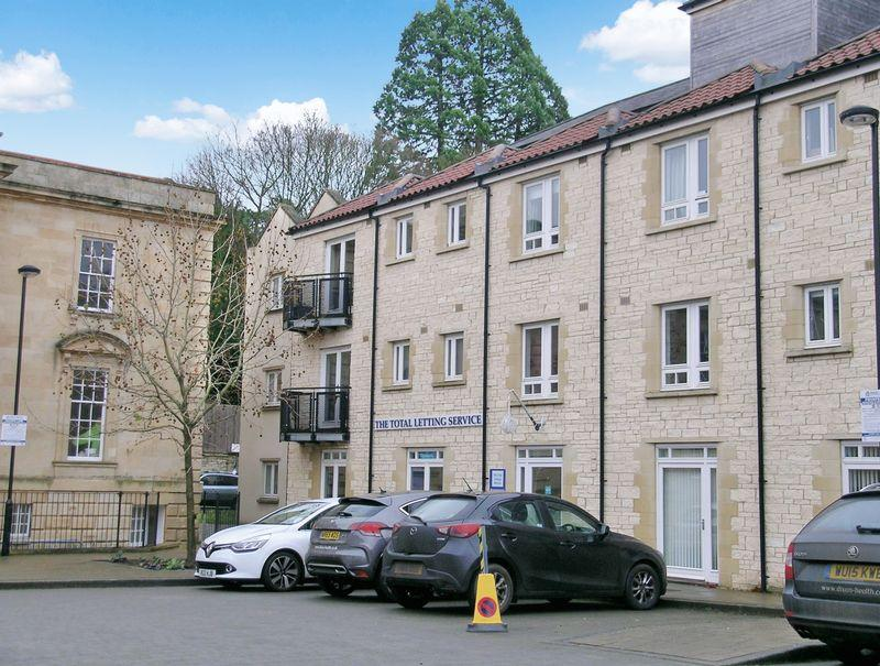 2 Bedrooms Apartment Flat for sale in Bradford on Avon