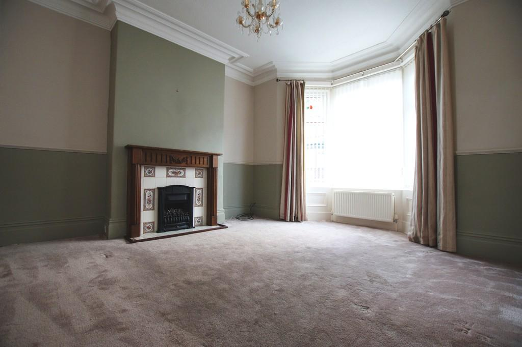 3 Bedrooms Terraced House for sale in Grange Avenue