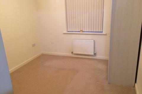 3 bedroom house share to rent - Maine Road,  Manchester, M14