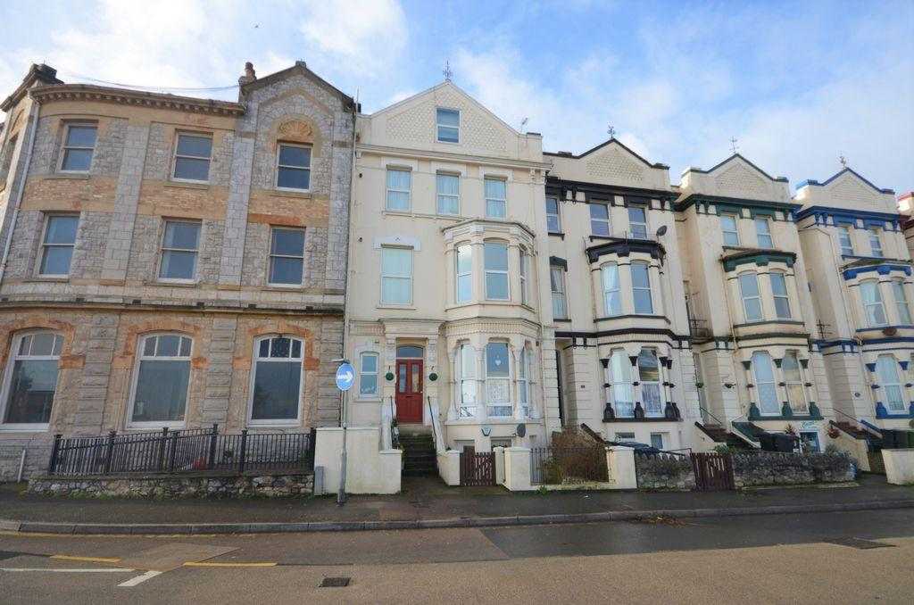 2 Bedrooms Flat for sale in Brookdale Terrace, Dawlish, EX7