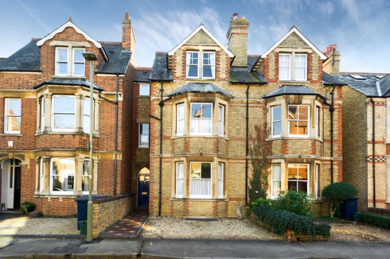 4 Bedrooms Terraced House for sale in Thorncliffe Road, Oxford, Oxfordshire