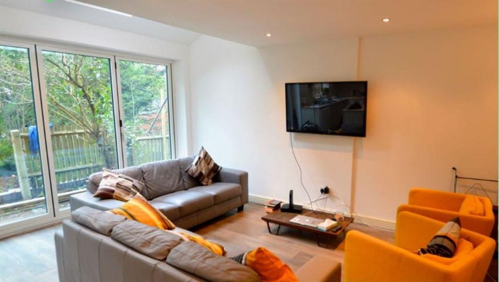 Bed House To Rent Harrow Dss