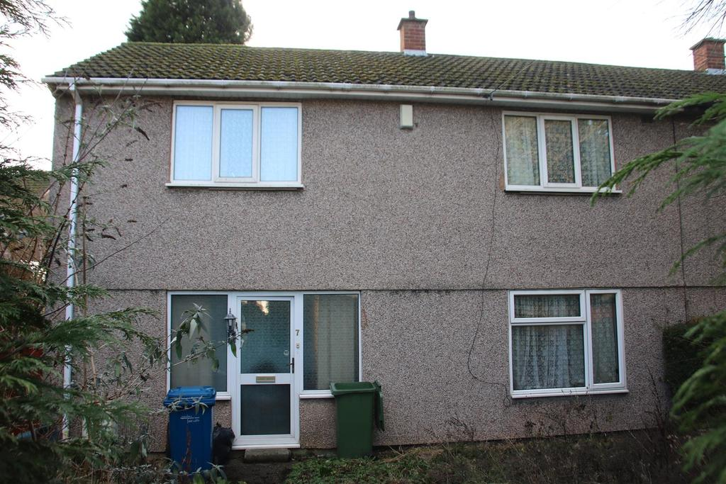 4 Bedrooms Semi Detached House for sale in Burns Road, Tamworth