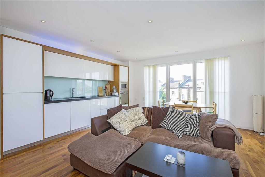 Blueprint apartments balham 2 bed flat 1750 pcm 404 pw image 2 of 7 malvernweather Gallery