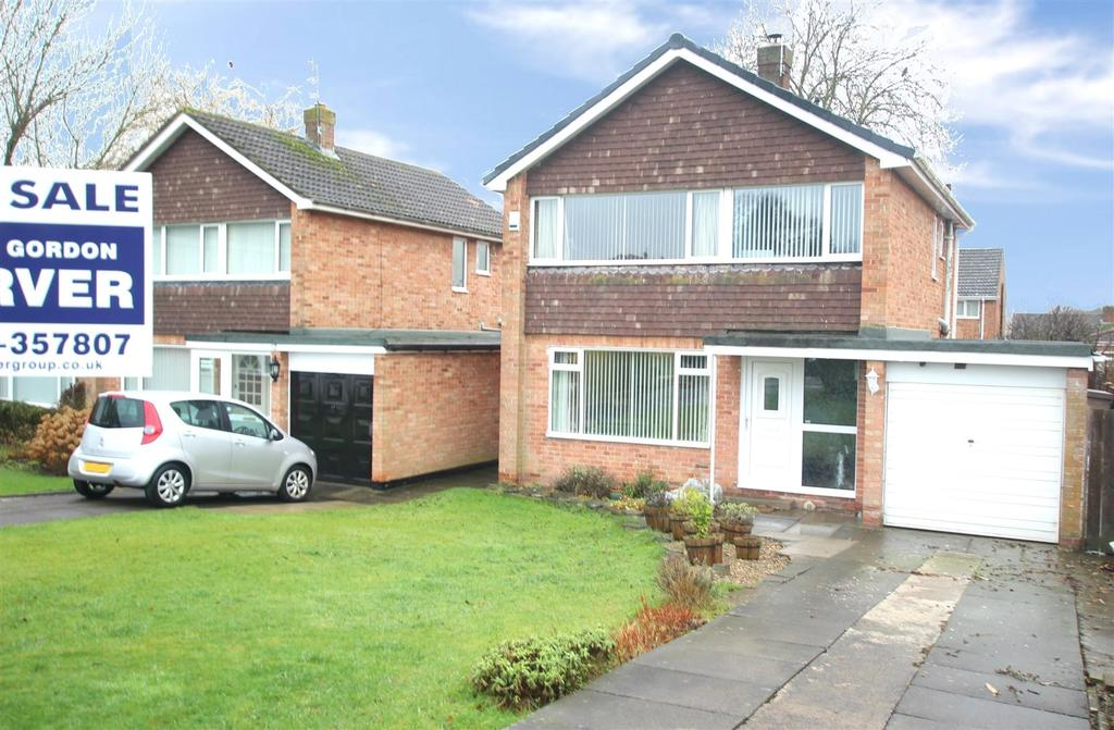 3 Bedrooms Detached House for sale in Chester Grove, Darlington