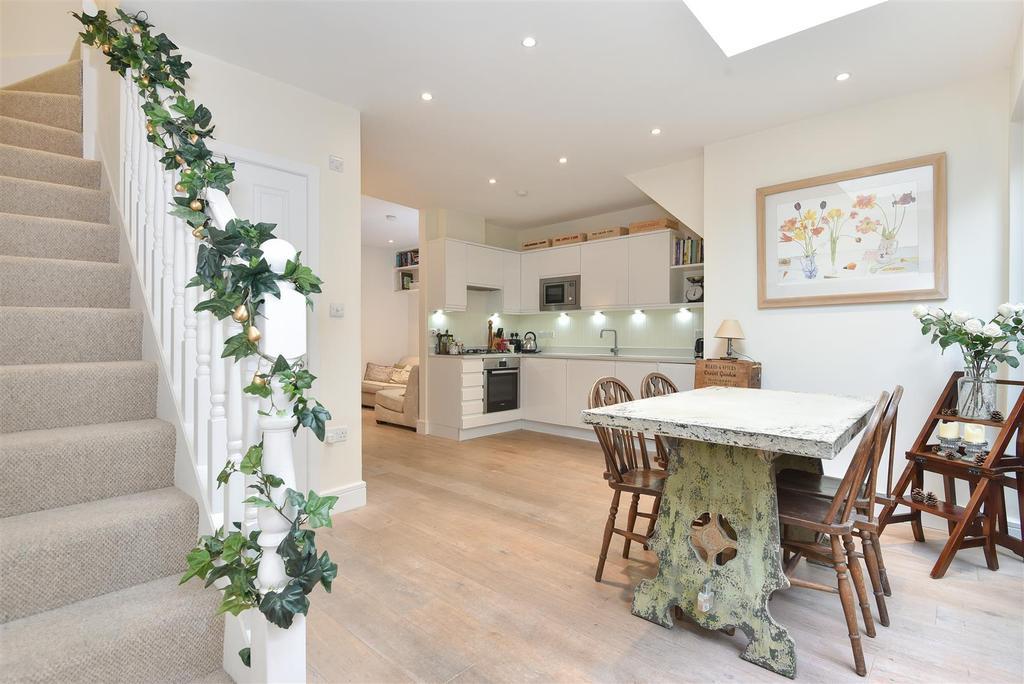 1 Bedroom Maisonette Flat for sale in Lower Richmond Road, Putney