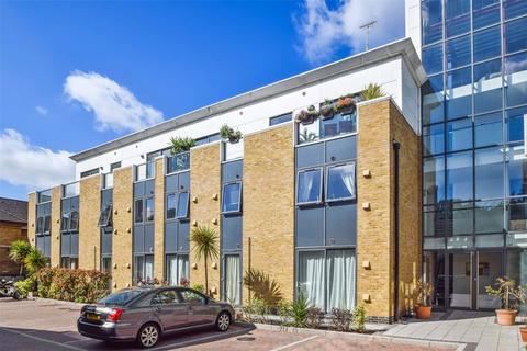 2 bedroom apartment to rent - Vista Building, Bow Road, E3