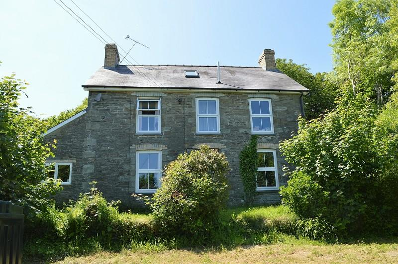 4 Bedrooms Land Commercial for sale in Brynglas , Cwmpengraig, Velindre, Llandysul, Carmarthenshire. SA44 5XS