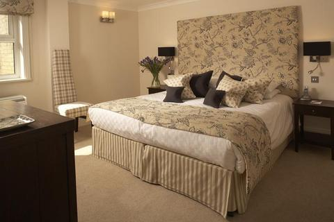 2 bedroom serviced apartment to rent - BEAUFORT HOUSE, KNIGHTSBRIDGE, SW3