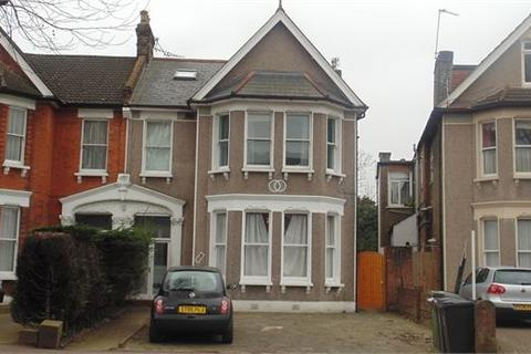 1 bedroom flat to rent - Canadian Avenue , Catford, London, SE6 3BP