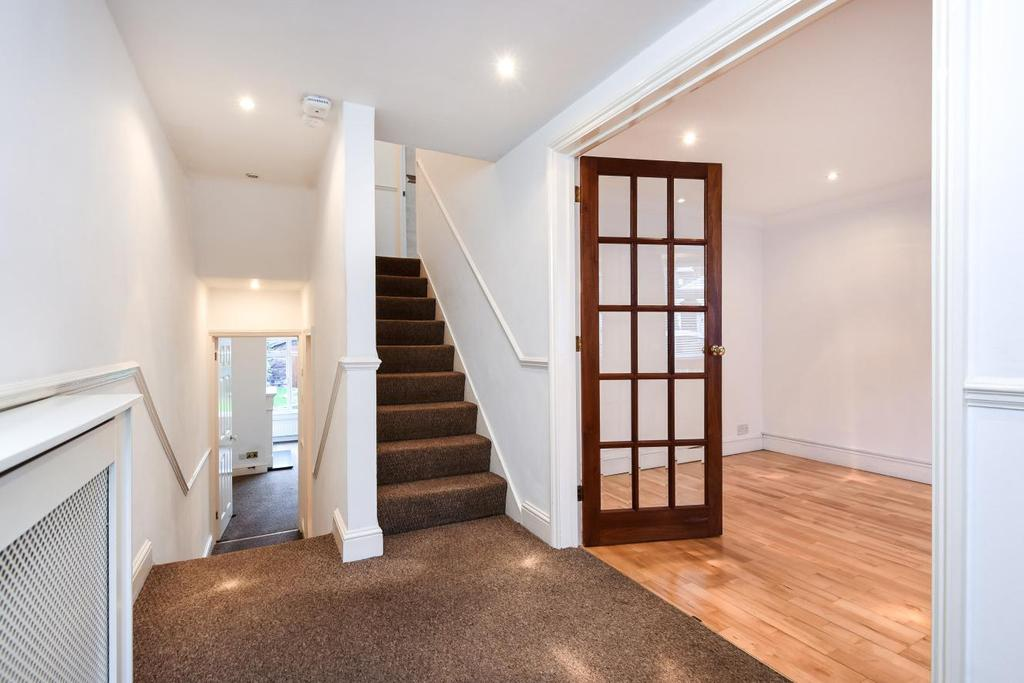 3 Bedrooms Semi Detached House for sale in Ruthin Road, Blackheath