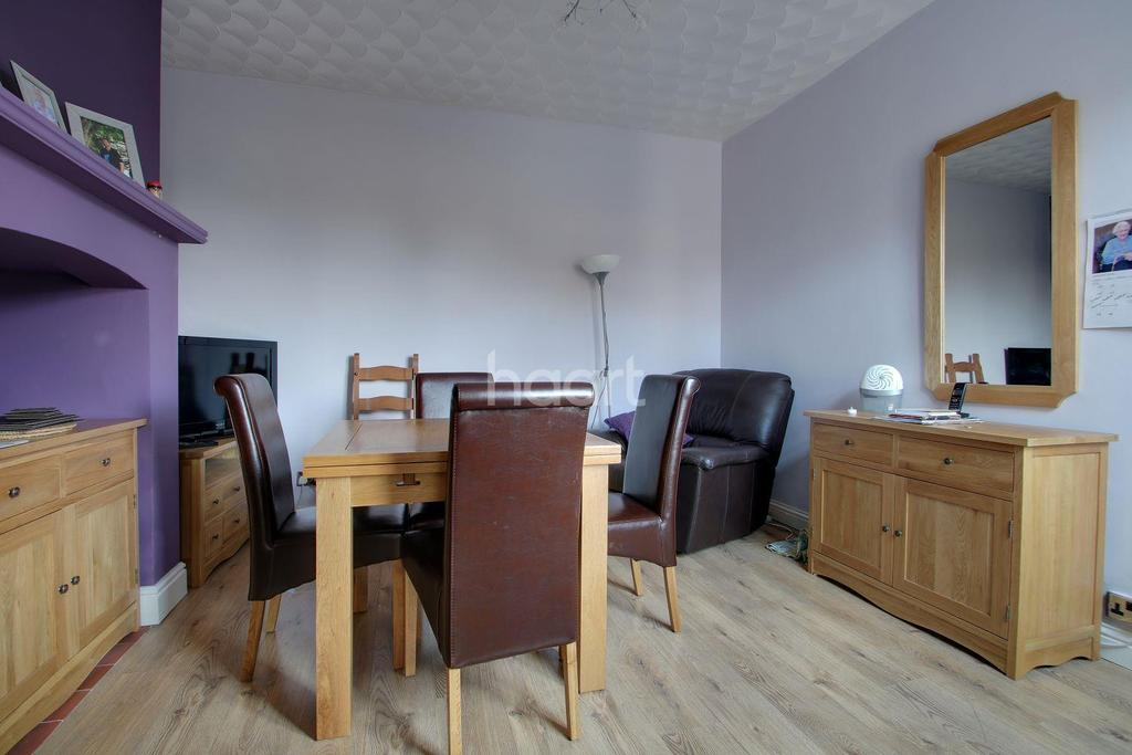 4 Bedrooms Semi Detached House for sale in Tennyson Avenue, Kings Lynn
