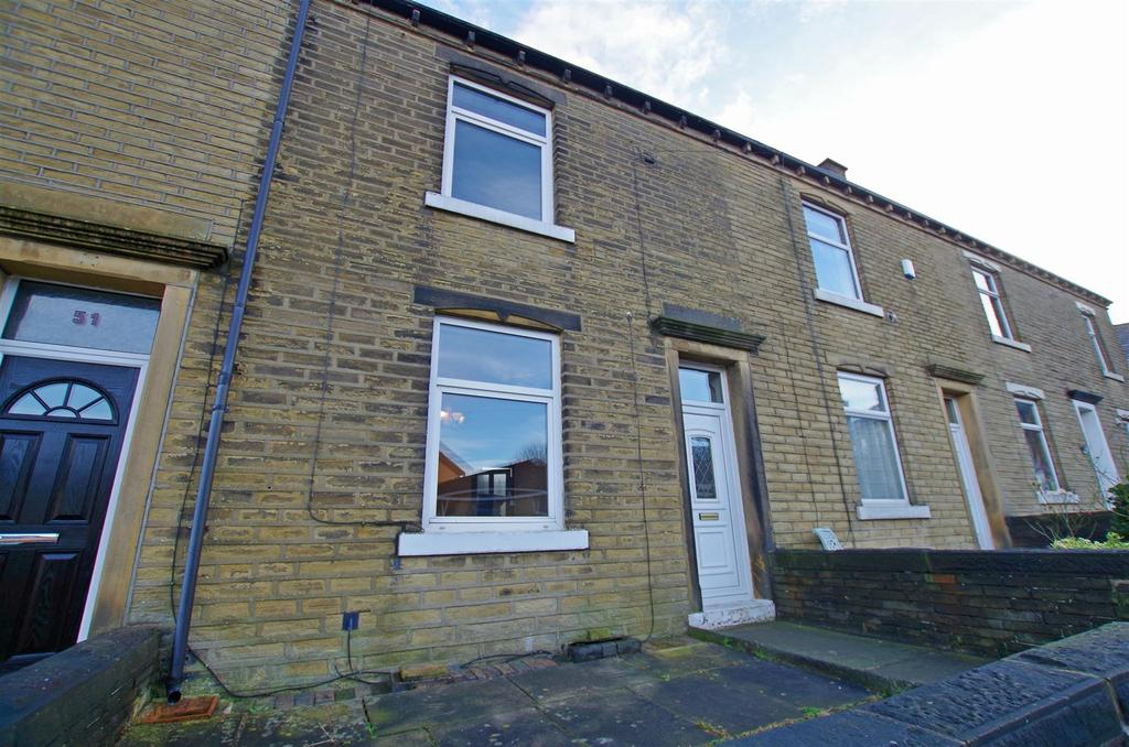 3 Bedrooms Terraced House for rent in Gordon Street, Elland