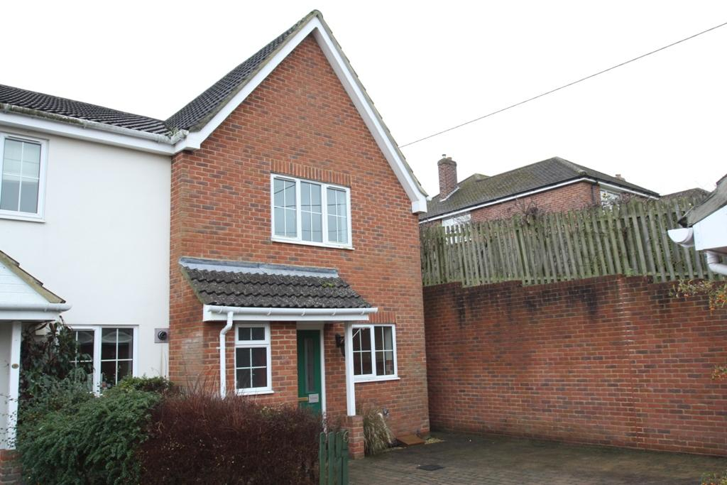 3 Bedrooms Semi Detached House for sale in Overton