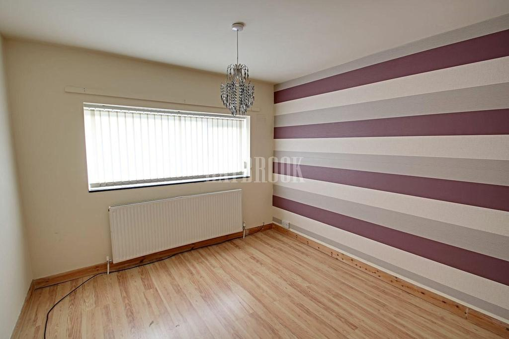 3 Bedrooms Semi Detached House for sale in Rainbow Avenue, Hackenthorpe