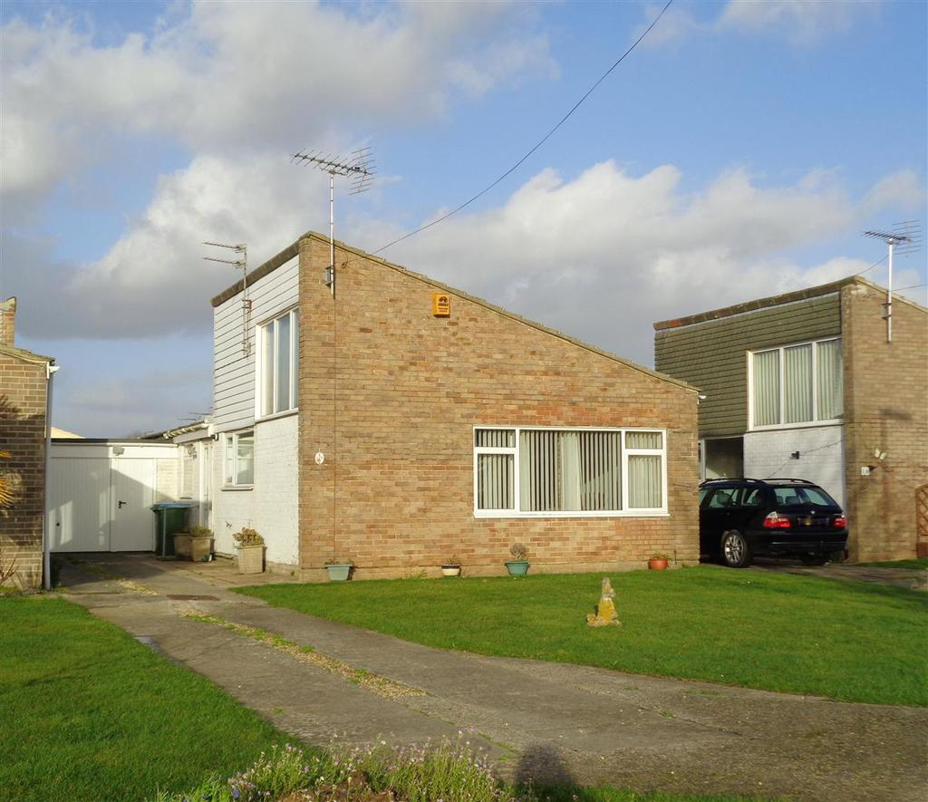 3 Bedrooms Detached Bungalow for sale in Mallard Crescent, Nyetimber