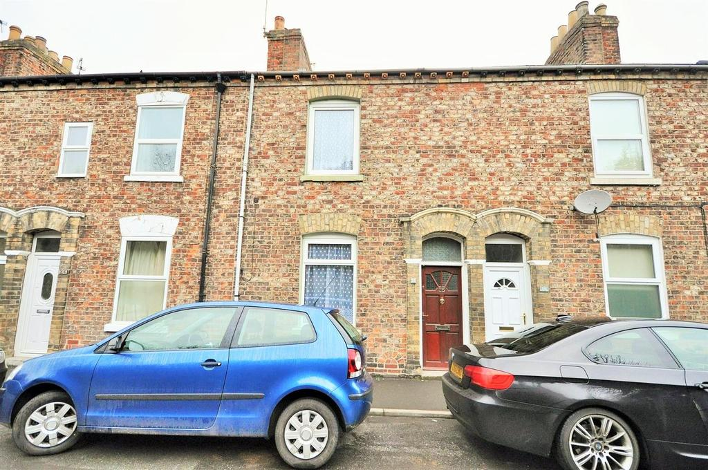 2 Bedrooms Terraced House for sale in Scarborough Terrace, Bootham, York, YO30 7AW