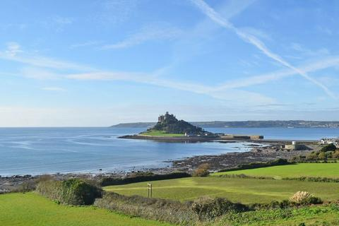 3 bedroom bungalow for sale - Marazion, Nr. Penzance, West Cornwall, TR17