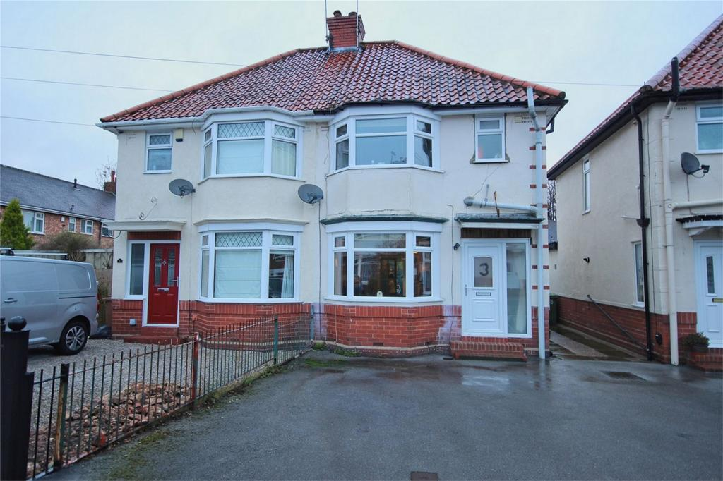 3 Bedrooms Semi Detached House for sale in Southwood Drive, Cottingham, East Riding of Yorkshire